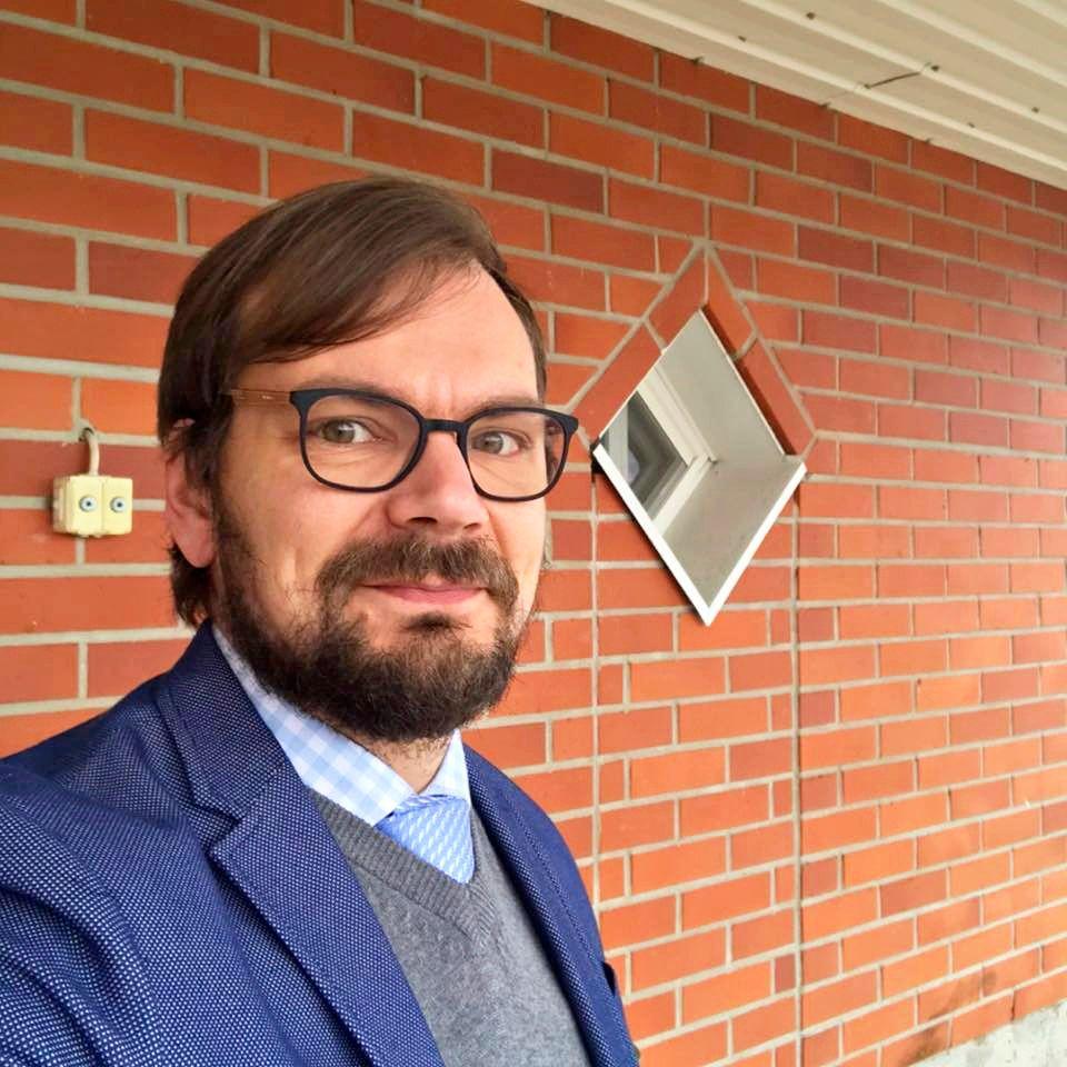 Tietokirjailija Juho Kuorikoski