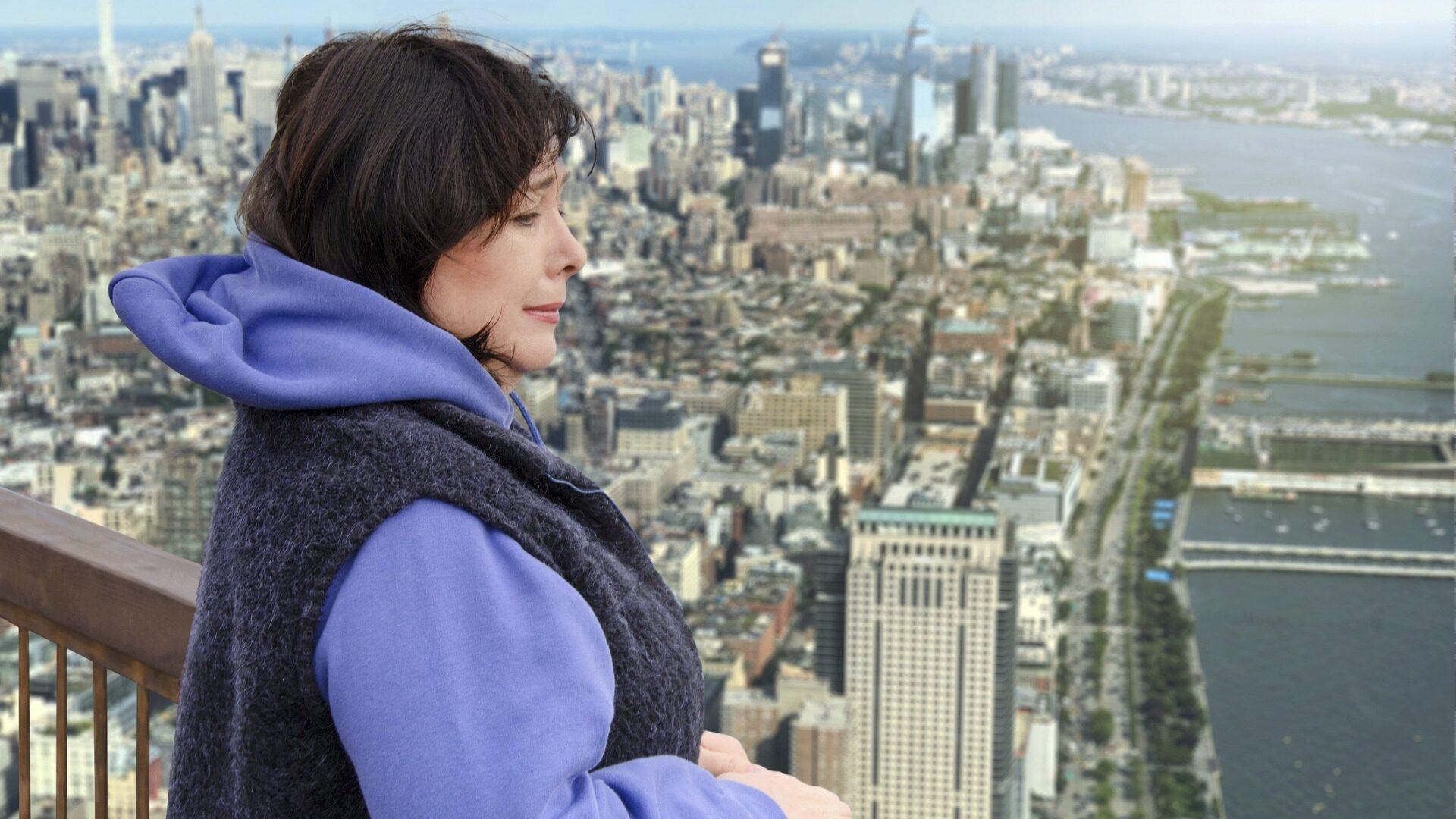 Korkean paikan kammo voi aiheuttaa epämiellyttäviä tunteita, kuten sydämentykytystä, huimausta ja hikoilua.