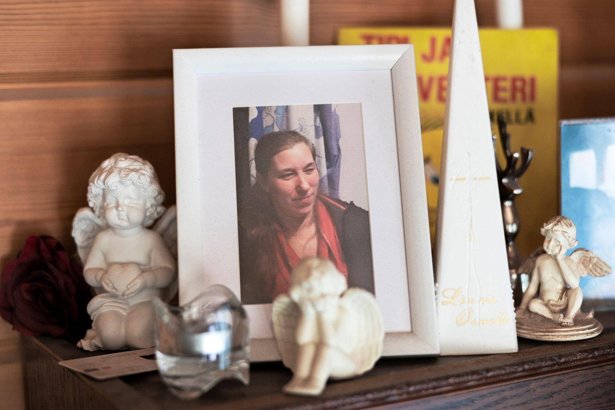 Satu Väänänen menehtyi äkillisesti 37-vuotiaana. Perhettä kohtasi suuri suru. © Matias Honkamaa