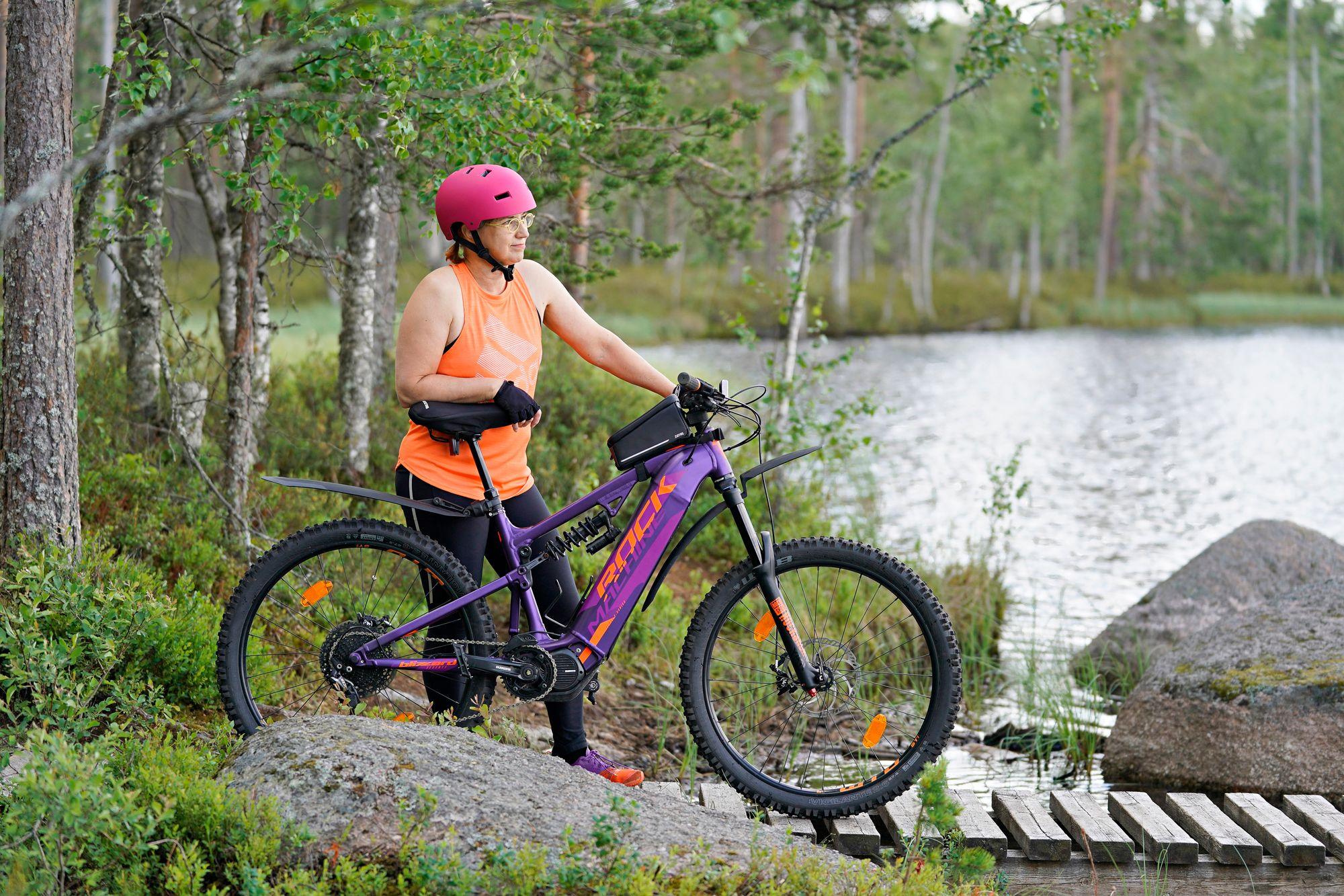 Tämän retken yksi hieno luontokohde oli Spitaalijärvi Lauhanvuoren kansallispuistossa, josta löytyy 35 kilometrin pituinen Geobike-maastopyöräreitti. © Timo Aalto