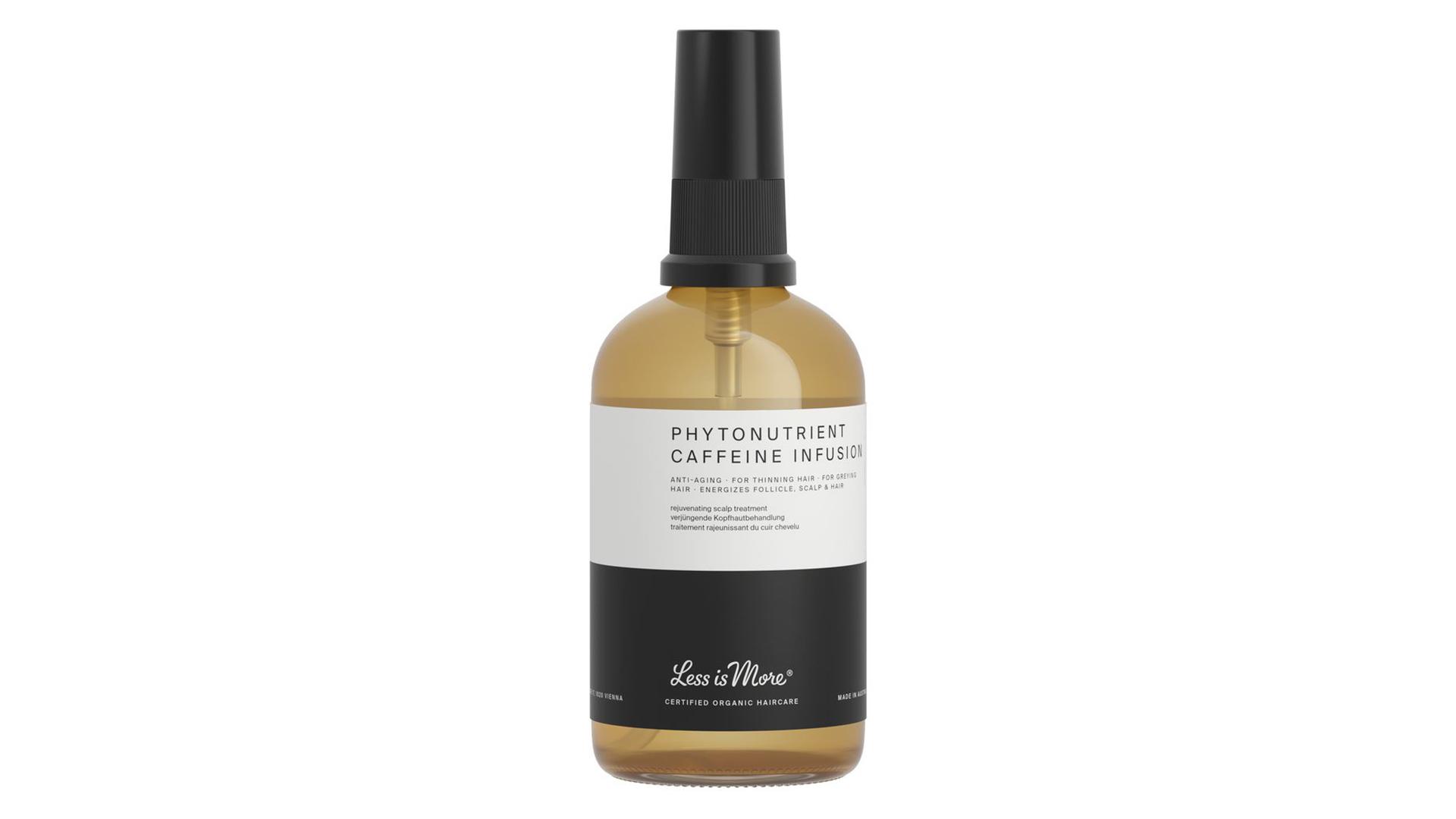 3. Vahvistava anti-age seerumisuihke vastaa harmaantuvien ja ohenevien hiusten tarpeisiin. Less is More Phytonutrient Caffeine Infusion -hiussuihke, 37 €/100 ml.