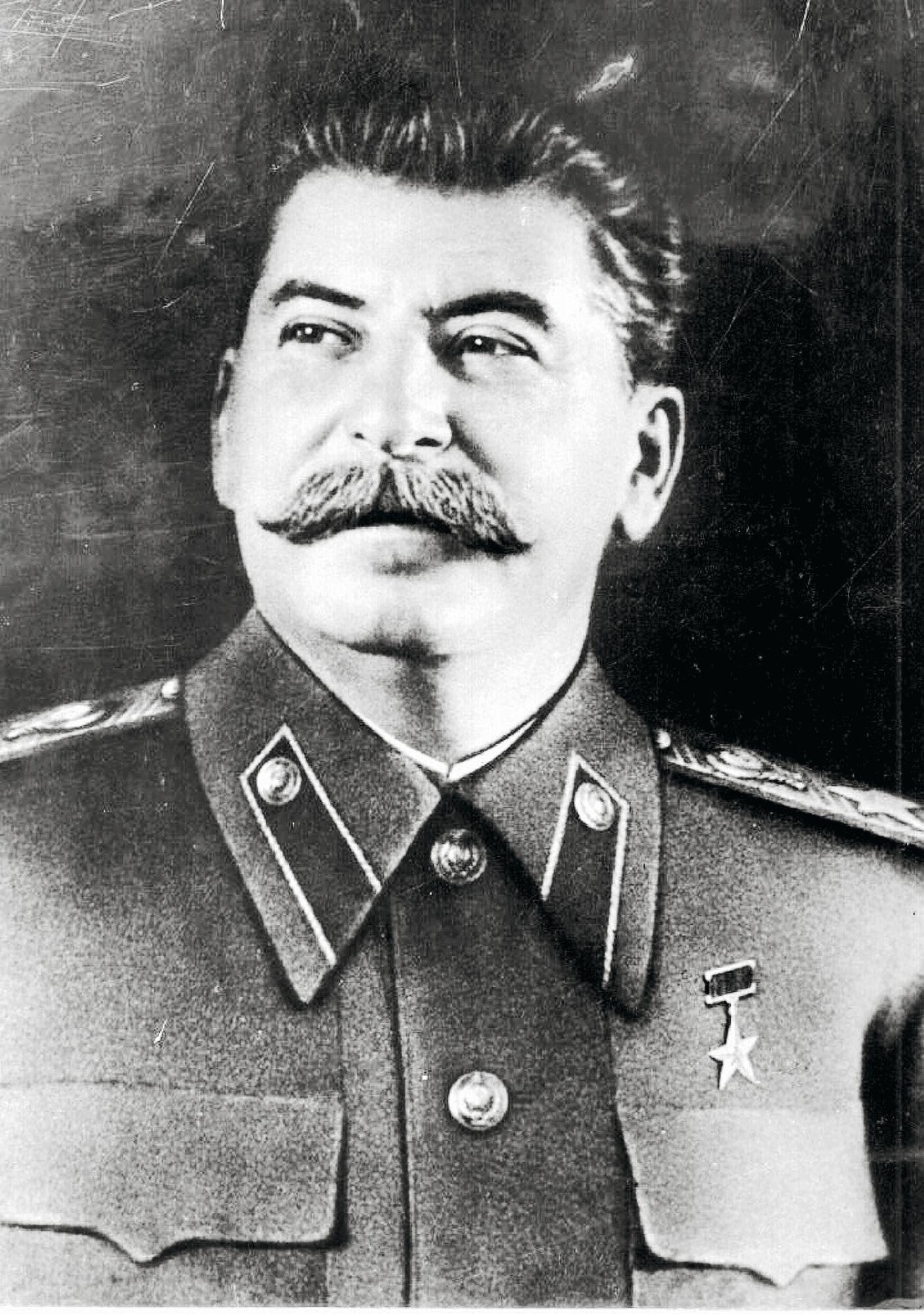 Neuvostoliiton diktaattori Josif Stalin oli sotavuosina (1941–1945) maansa pääministeri ja asevoimien ylipäällikkö. © UPI / Lehtikuva