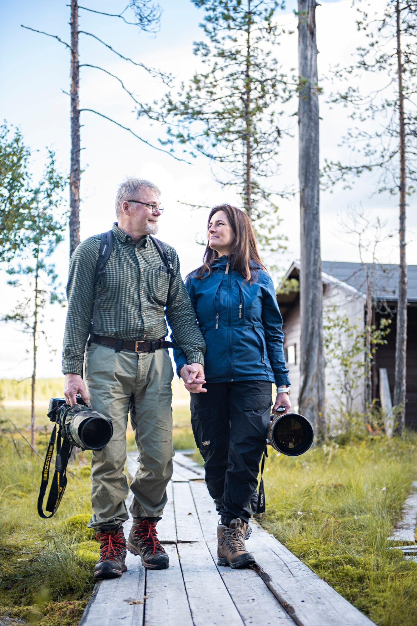 """""""Muutto sinänsä ei ollut vaikea päätös, mutta kaikki muu oli vaikeaa"""", Anne kertoo uuden elämän alusta Kajaanissa. © Vesa Tyni"""