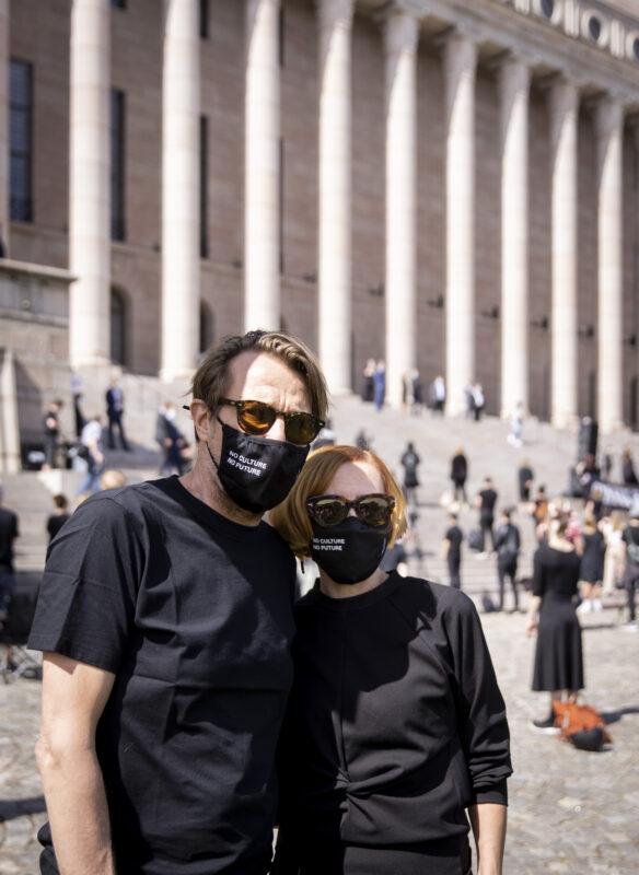 Virpi Suutari ja Martti Suosalo