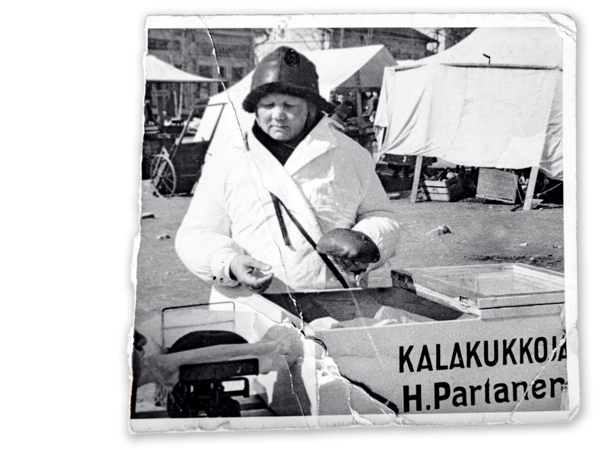 Hanna Partanen oli parhaimmillaan leipojana ja torimyyjänä. Yrityksen johtotehtäviin hän ei tuntenut intohimoa, mutta yritti hoitaa ne parhaan kykynsä mukaan. © Hanna Partasen arkisto