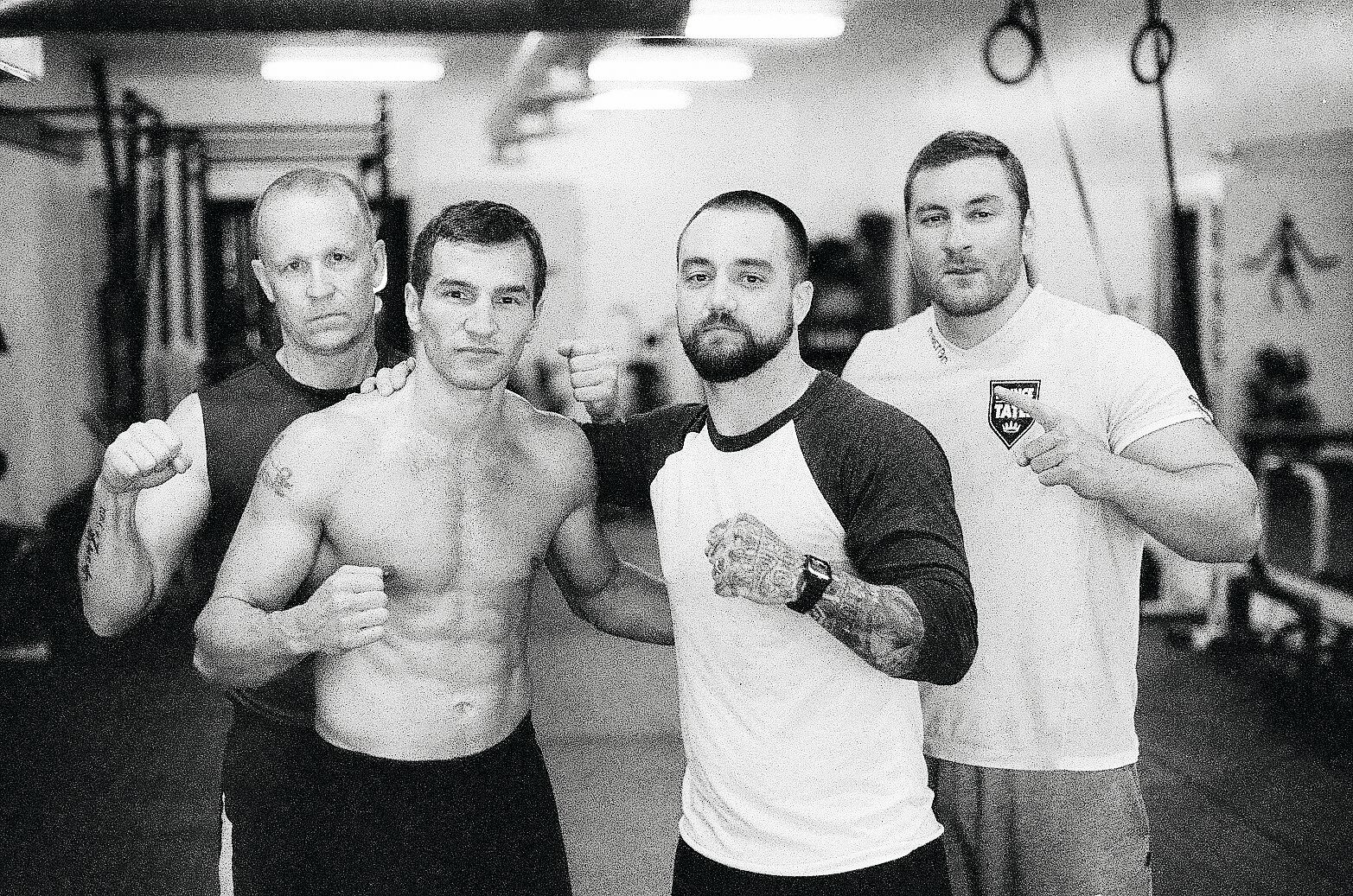 Managerina nyrkkeilijä Edis Tatlin treenileirillä Yhdysvalloissa vuonna 2015. Kuvassa vasemmalta lukien Jukka Jalonen, Edis Tatli, Taylor Ramsdell ja Sukri Tatli.