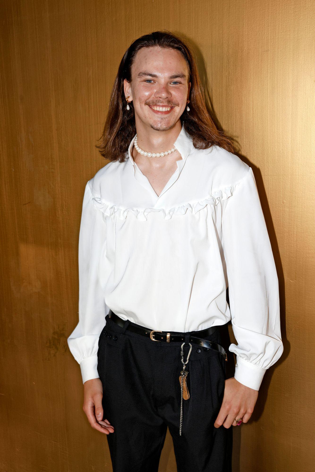 """Näyttelijä Aarne Lehtimäki on ollut mukana myös muun muassa Salkkareissa ja Rantabaarissa. """"En ole hirveän pitkään näyttelemistä tehnyt. Opiskelen Laajasalon opistossa näyttelijäntaidetta"""", totesi 21-vuotissyntymäpäiviään hiljattain juhlinut Lehtimäki. © ATTE KAJOVA"""