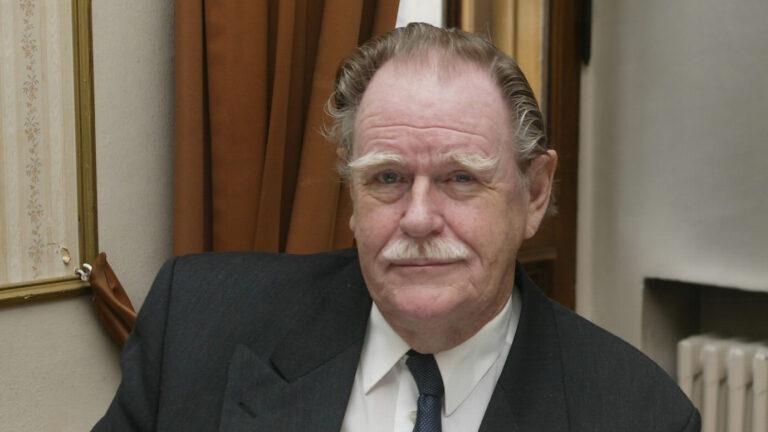 Carl Mesterton on kuollut 91 vuoden iässä.