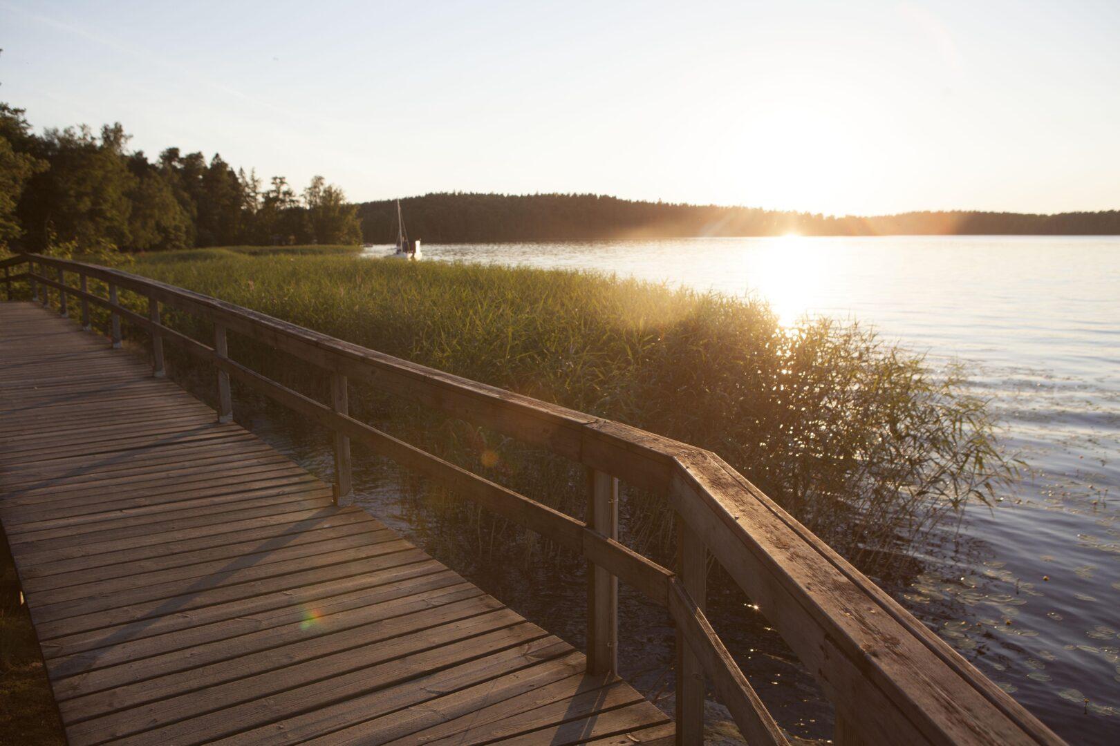 Lohjalla rantareitti Liessaaresta keskustaan on kappale kauneinta Lohjaa.