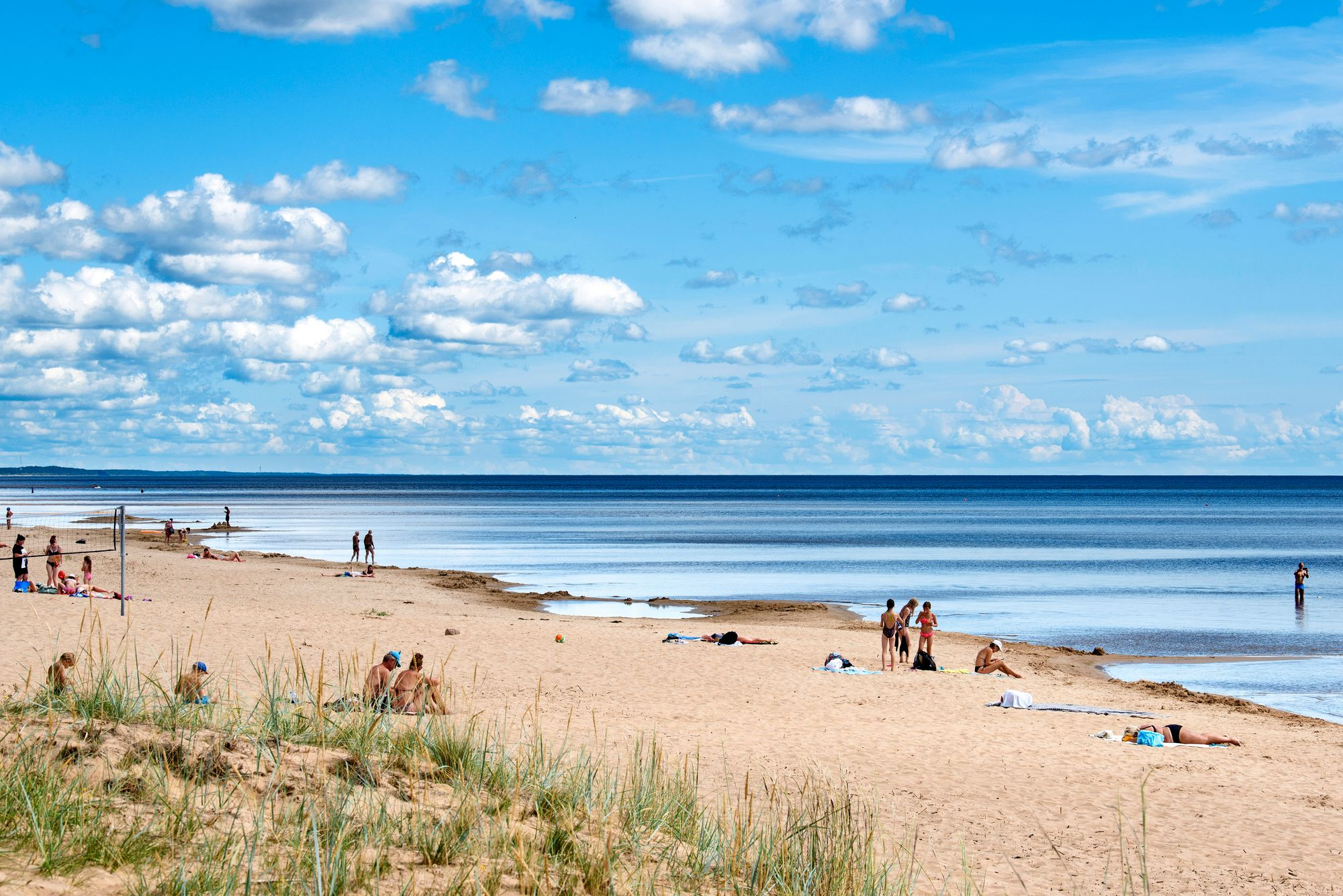 Euroopan neljänneksi suurimman järven Peipsijärven rannat ovat pitkälti luonnontilassa ja suojeltuja. Kauksin ranta on yksi kauneimmista. © Sven Zacek