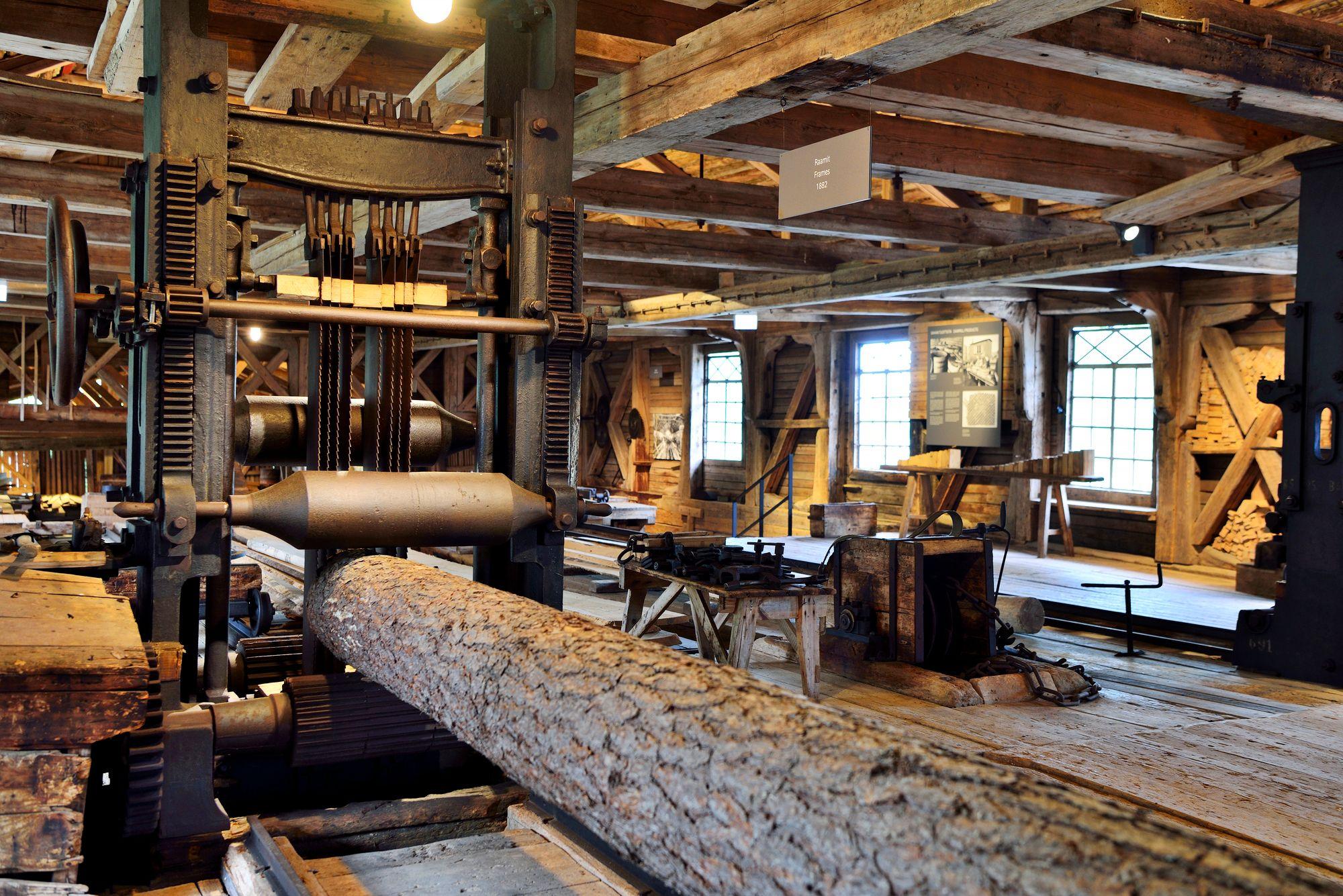 Nyt museoitu sahalaitos lienee Euroopan ainoa, joka on toiminut ensin vesivoimalla, sitten höyryllä ja lopulta sähköllä. © Pekka Numminen