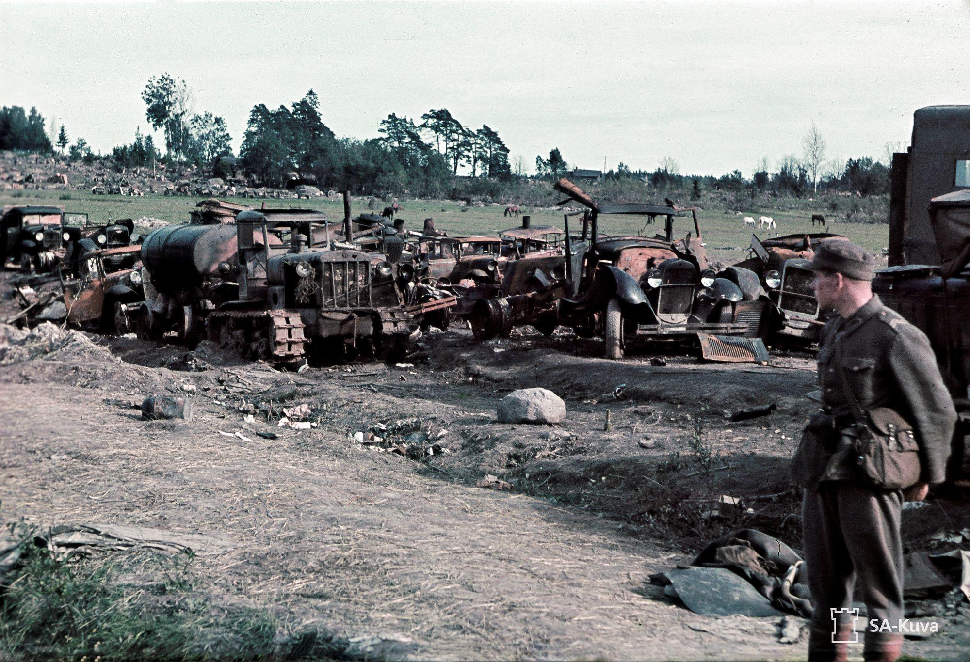 Suomalaiset taistelujoukot jatkoivat mottialueelta kohti vanhaa valtakunnanrajaa. Vajaa viikko myöhemmin Karjalan kannas oli vallattu takaisin. © SA-Kuva