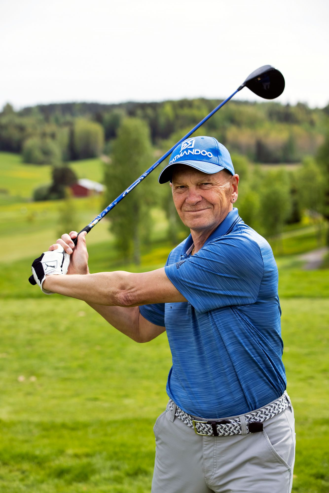 Kirjailija Jukka Paakki otaksuu, että hänen ja Mannerheimin välille olisi syntynyt tasaväkinen golfmittelö. © Tommi Tuomi