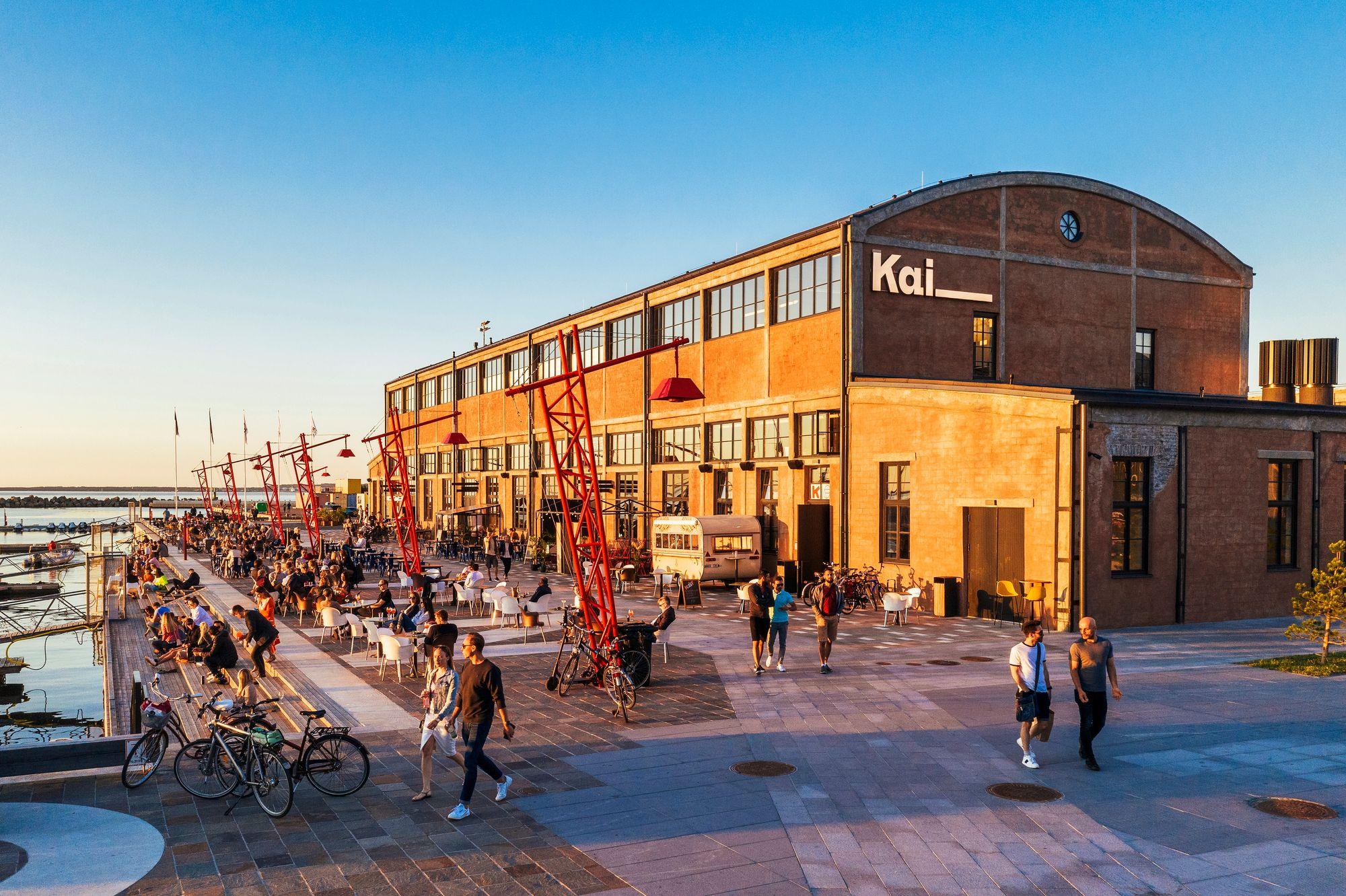 Sukellusveneiden ja satamateollisuuden korttelit Noblessnerissa ovat nykyisin Tallinnan suosituimpia alueita.