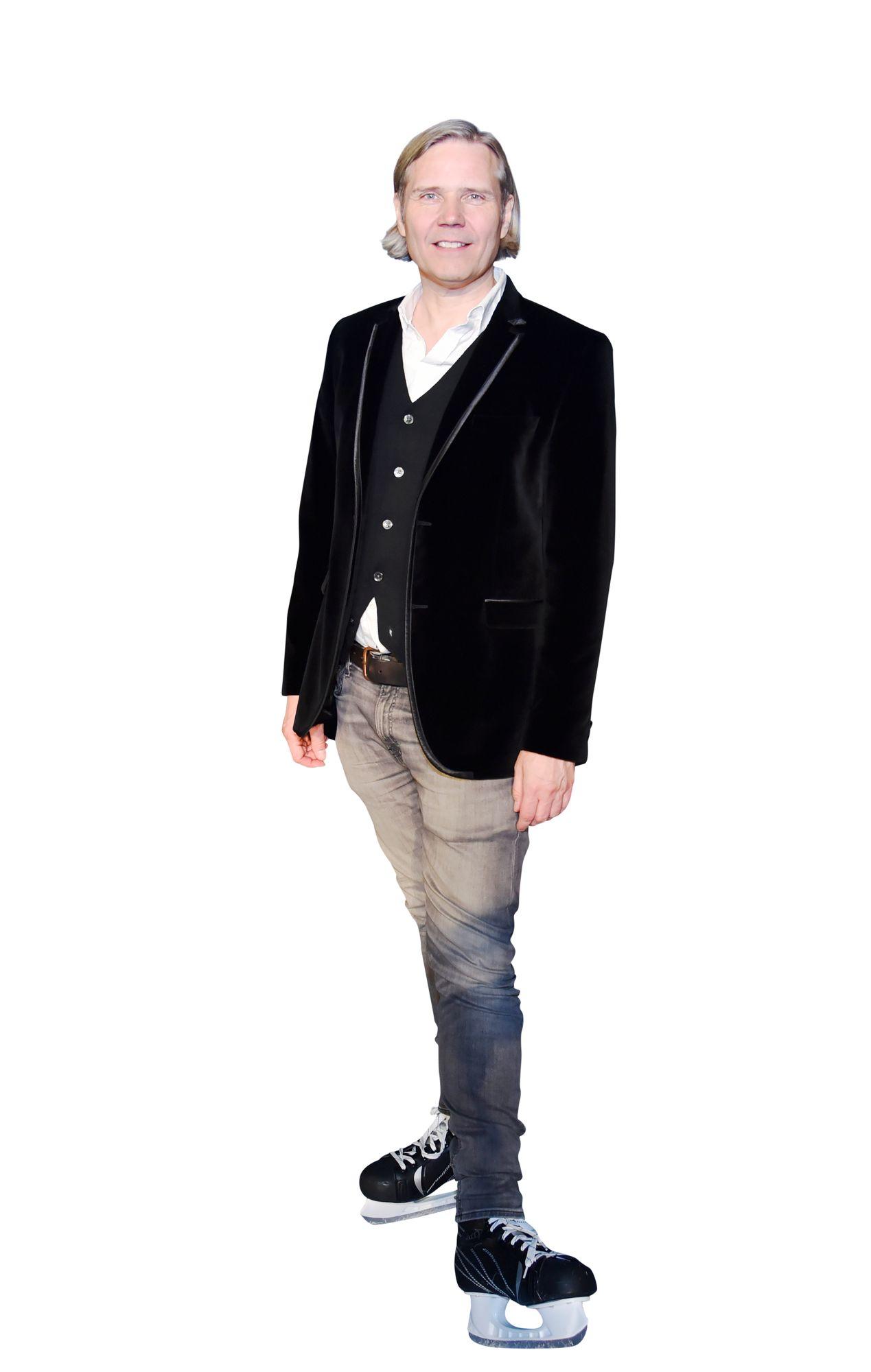 """Säveltäjä Tuomas Kantelinen on ehtinyt urallaan tehdä leffojen lisäksi jo myös oopperaa ja balettia. """"Sirkusta haluaisin vielä tehdä"""", Kantelinen tunnelmoi. © Tiia Ahjotuli"""
