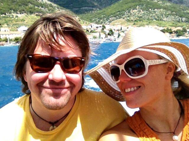 Kari ja Milla matkustelevat paljon. Kesällä 2013 lomailtiin Kroatian saaristossa. © pariskunnan kotialbumi