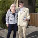 Per Dahl asuu Ebeltoftin pikkukaupungissa ruotsalaisen vaimonsa Jeanetten kanssa.