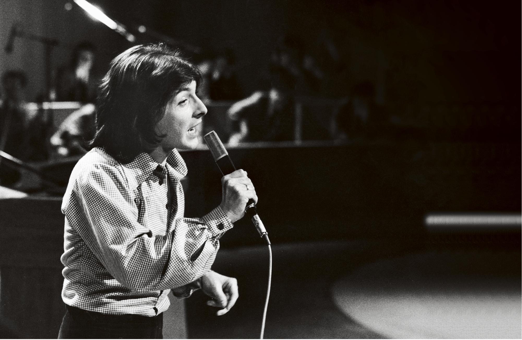Kirka osallistui kevään 1975 Euroviisukarsintoihin kappaleella Oh, New York rakkain, joka sijoittui viidenneksi
